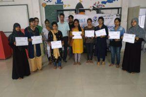 Certificate distribution program of 'Leadership building' of Girls Workshop